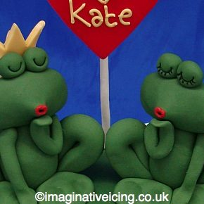 Engagement Kissy Frogs Heart Cake