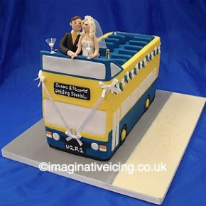 Open Top Double Decker Bus - Wedding Cake