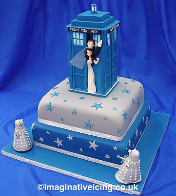 Tardis Cakes With Icing
