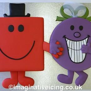 Mr & Mrs shaped Wedding Cake